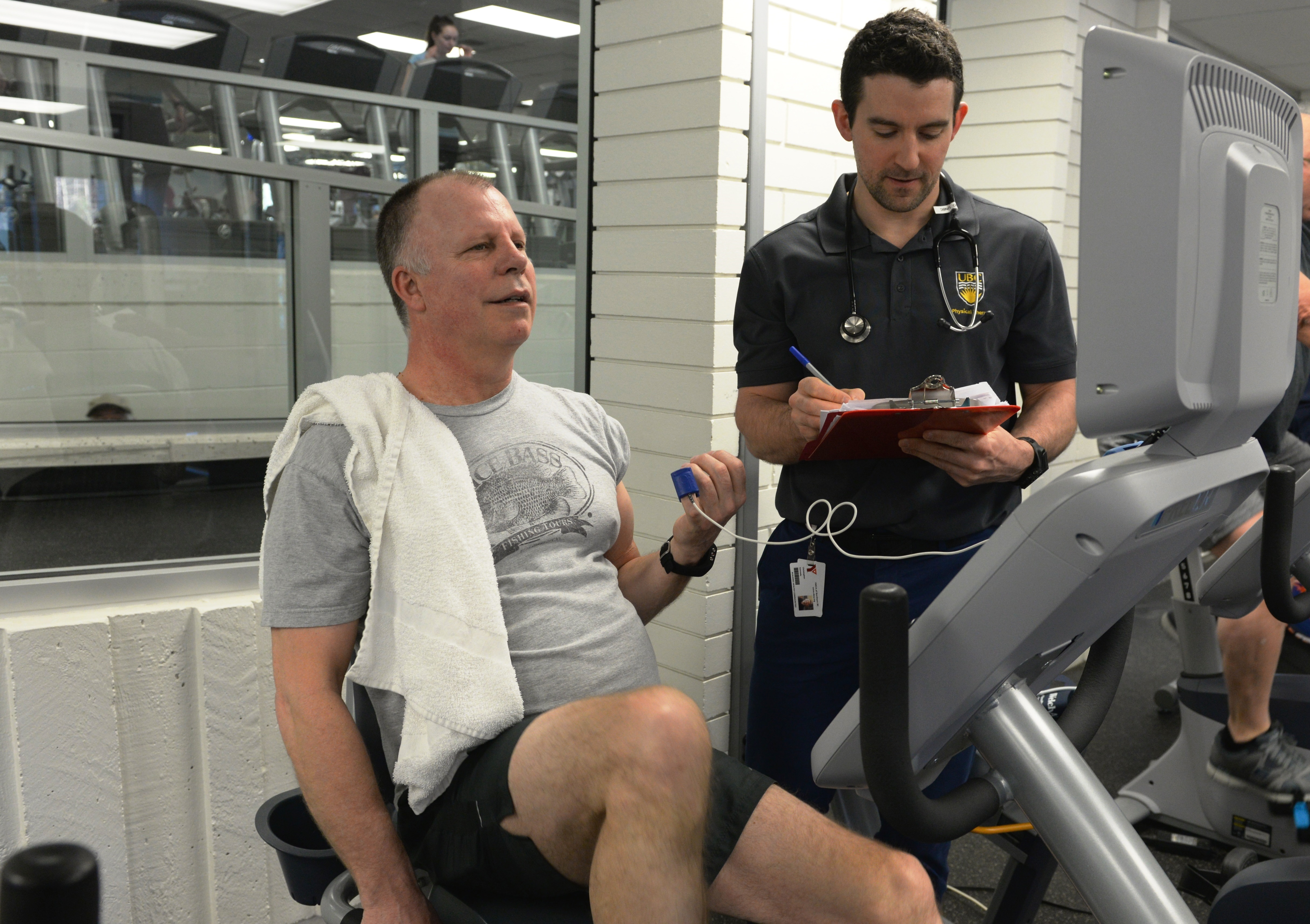 how to become a cardiac rehabilitation therapist