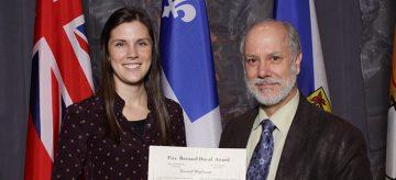 Elisabeth McClymont wins top student prize at immunization conference