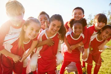 Science says when kids participate in team-based extracurricular activities, they have better mental health