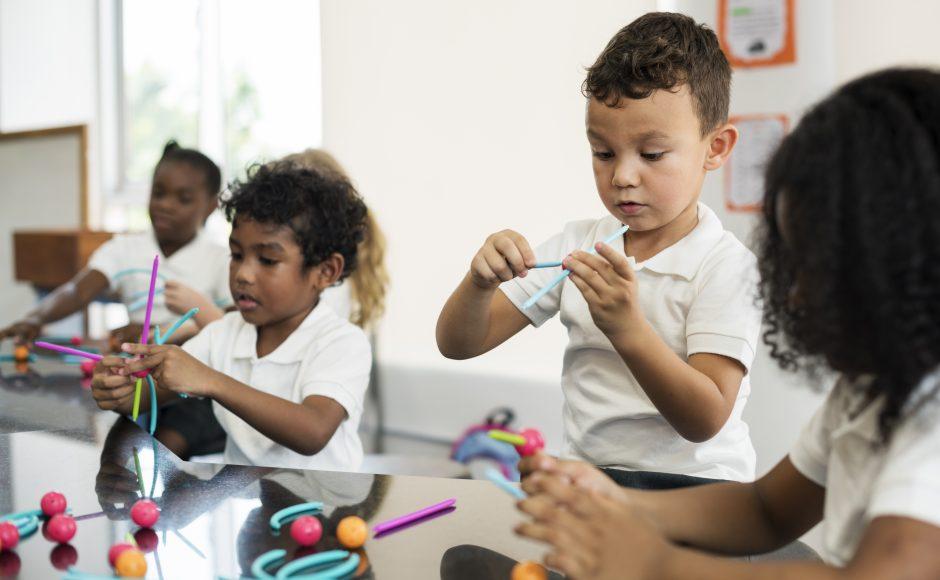 Emphasizing social play in kindergarten improves academics, reduces teacher burnout - UBC Faculty of Medicine
