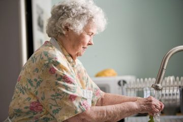 Scientists discover key enzyme responsible for skin blistering in the elderly